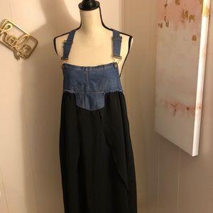 Denim/Black Dress Size L.